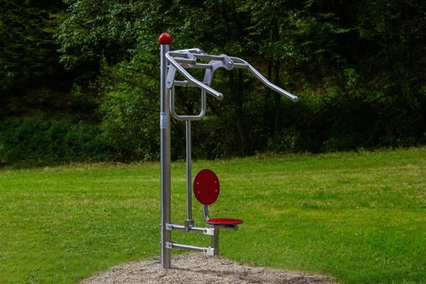 Edelstahl Schulterstation Rückenstation pull down challenger Outdoor Fitness Spielplatz Seniorenwohnheim Park
