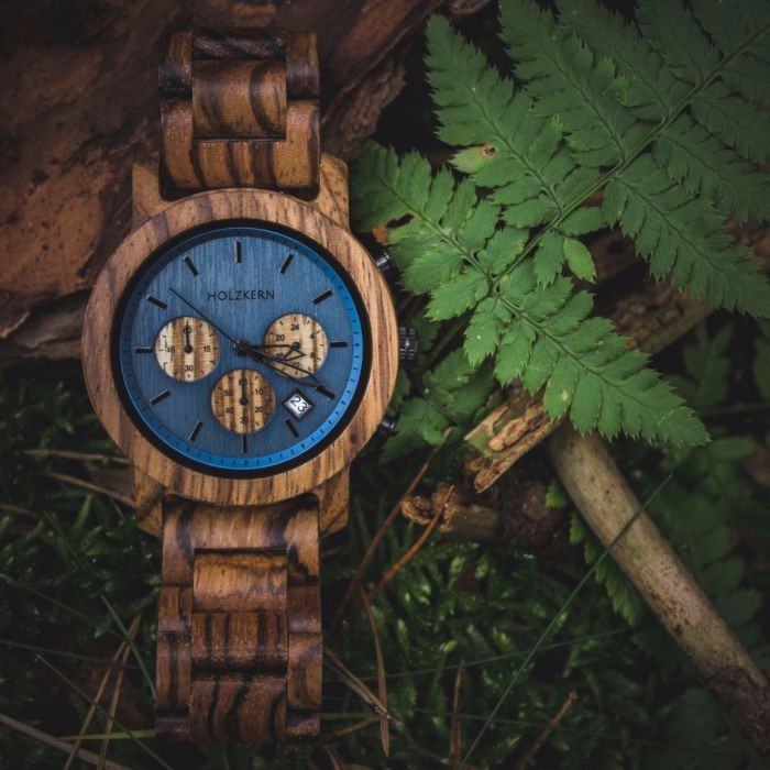 Holzkern Armbanduhr Bergsee