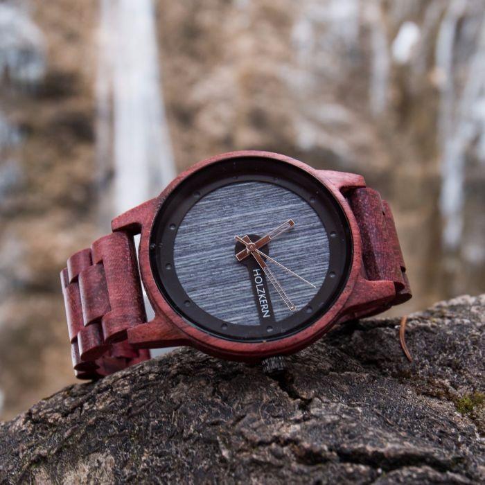Holzkern Armbanduhr Matterhorn